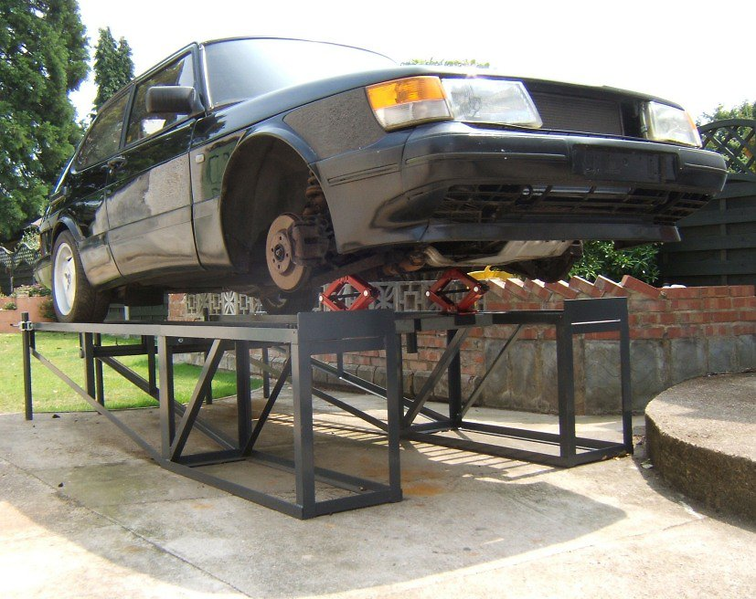 Car Ramp Plans UK. Saab 900 wheels off