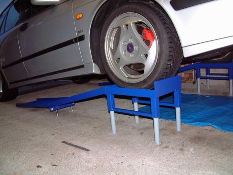 Rampe sollevamento auto forum bmw per scambiare pareri for Costo per costruire garage per 2 auto in allegato